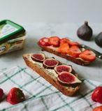 Notenbrood met vijgen of aardbeien. Heerlijk. Recept via de bron