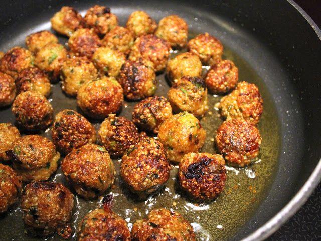 Oppskrift Quinoaboller Quinoa Thai Kjøttboller Vegansk Vegetar Burger Curry Paste