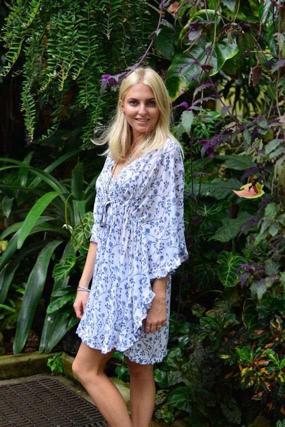 Blue and white Floaty floral print kaftan with draw by khokhobay