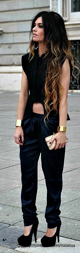 Angela Rozas from madamederosa blogger from spain. Street style <3 na