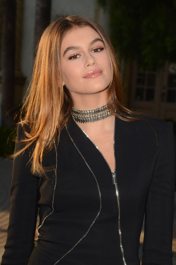 Kaia Gerber channels her mom, supermodel Cindy Crawford.
