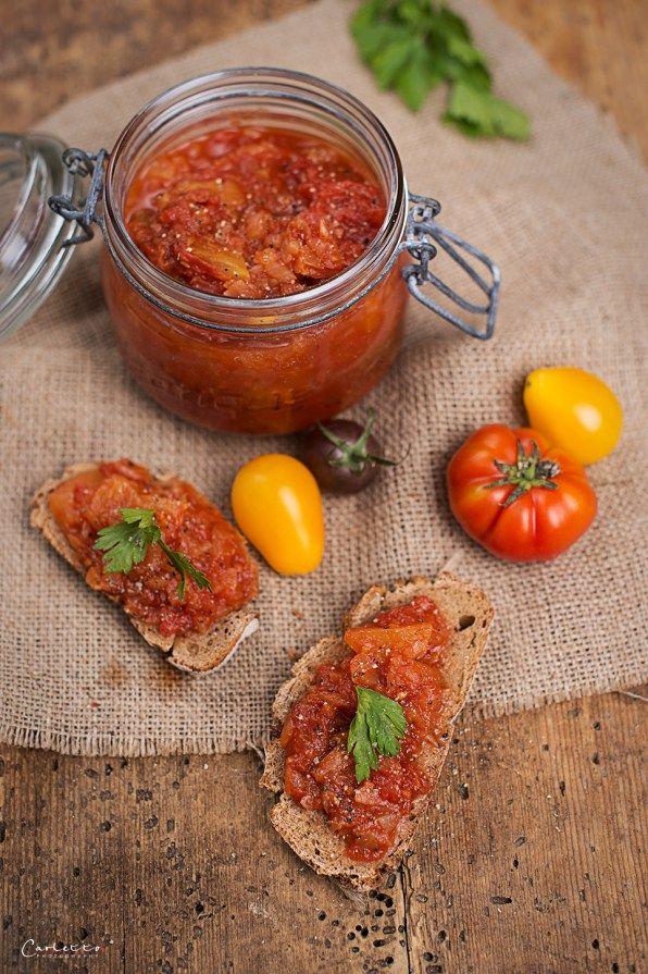 tomaten chutney auf mosambikanische art rezepte suchen. Black Bedroom Furniture Sets. Home Design Ideas