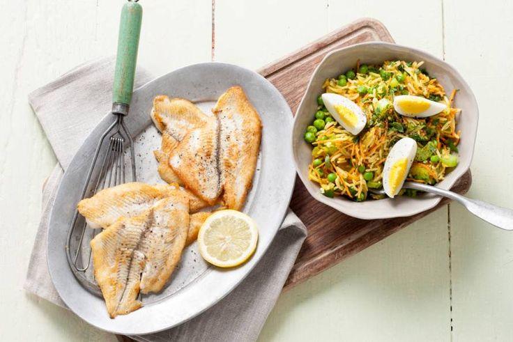 Kijk wat een lekker recept ik heb gevonden op Allerhande! Lauwwarme rijstsalade met gebakken scholfilet