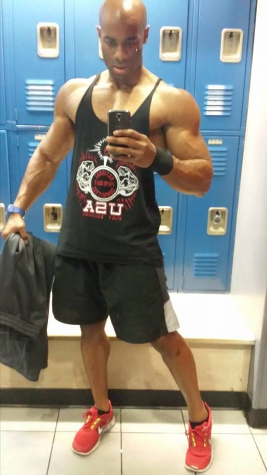 Pec Popping Workout + 4 Tips for Better Pecs
