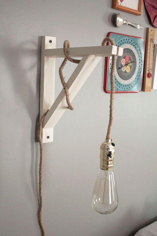 DIY Wall Lamp | http://thesawdustdiaries.com/diy-wall-lamp/