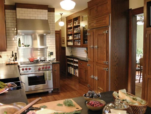 Using the right kitchen pantry ideas can help improve your kitchen storage situation.
