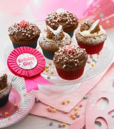 Funtastic Chocolate Cupcakes - The perfect little chocolate cupcake for a party, the grownups will love them too.