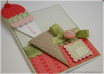 Ice cream pull out card~ cute idea!