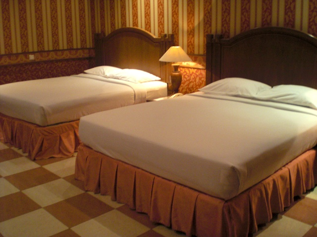 Executive Room Hotel >> Ayer Island