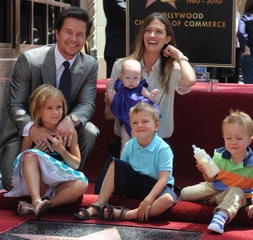 Mark Wahlberg and family omgomgomgomgomgomg i am toooo obsessed