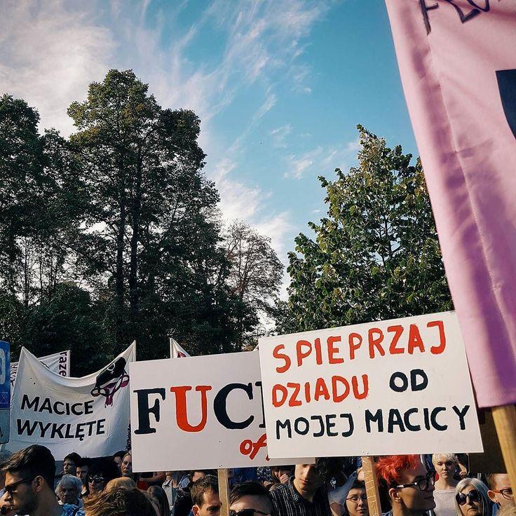 #feminizm #prochoice #demonstracja #ratujmykobiety #aborcja #igerswarsaw #igerspoland #vzcowarsaw #vzcopoland #polishgirl #polishboy