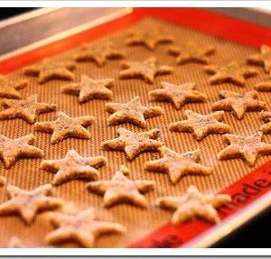 Homemade Crackers: Alternative to Goldfish Crackers!