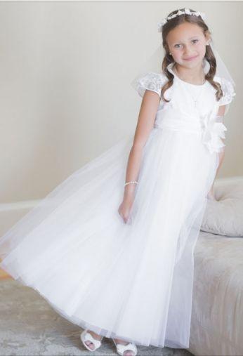 sukieneczka komunijna z koronką i tiulem tutu