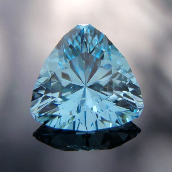 Blue Topaz Stone : Bespoke gems fine handcut designer gemstones precious