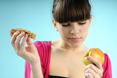 3 Healthy Snacks that are Making You BLOATED and CONSTIPATED! Nuts, Yogurt and Kale Chips....read on to find out why!