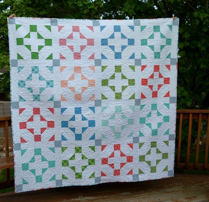 Free Bed Quilt Patterns For Beginners : 83 best Bed Quilt Patterns images on Pinterest Quilt blocks, Quilting ideas and Quilting tutorials