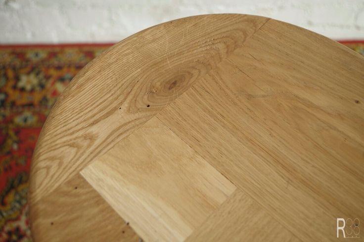 Material: antique oak, metal, enamel. H 60sm. D 32sm.