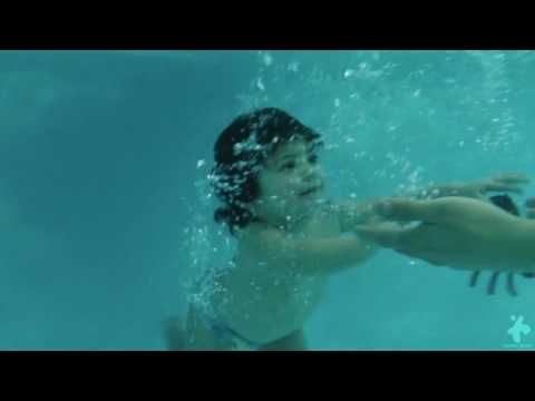Actividades Acuaticas para Niños y Bebes - Centro Guna - YouTube