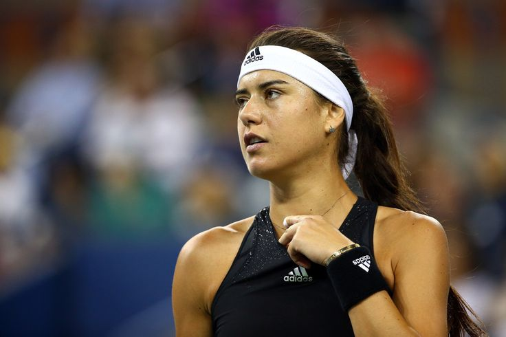 Sorana Cirstea of Romania looks on against Eugenie Bouchard of Canada on Day Four of the 2014 US Open at the USTA Billie Jean King National Tennis Center on August 28, 2014 in the Flushing neighborhood of the Queens borough of New York City. (Source: Streeter Lecka/Getty Images North America)