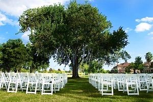 Houston Wedding Venue: Waterside venue on Galveston Bay #houston #gardenweddingvenues