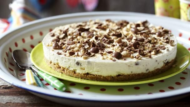 When you just don't have the energy to mess about with baking, a simple whipped cheesecake is a make-ahead wonder.