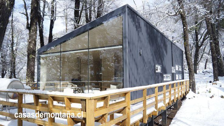 Refugio Karra, ubicado camino al centro de Ski Corralco, Malalcahuello región de La Araucanía, Chile.