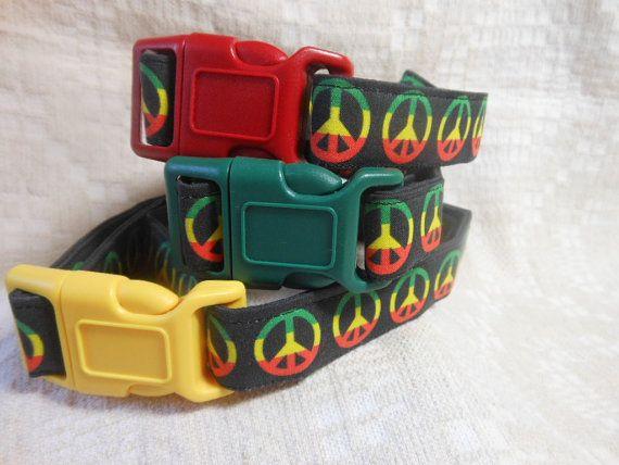 Rasta Dog Collar / Peace Signs / Cool Dog Stuff / Unique Dog Collar / Hippie Dog Collar / Retro Dog Collar