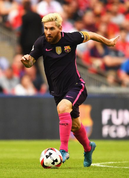 Lionel Messi Photos Photos - Lionel Messi of Barcelona in action during the International Champions Cup match between Liverpool and Barcelona at Wembley Stadium on August 6, 2016 in London, England. - International Champions Cup: Liverpool v Barcelona