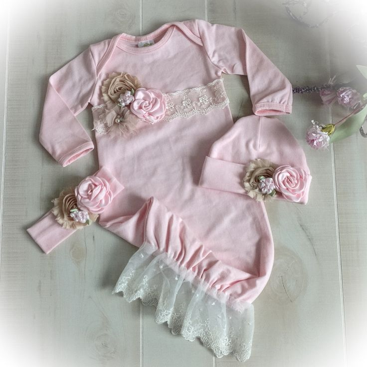 Newborn Girl Take Home Outfit, Newborn Girl Gown, Pink Newborn Hospital Outfit, Baby Girl Take Home Outfit, Newborn Photo Oufit
