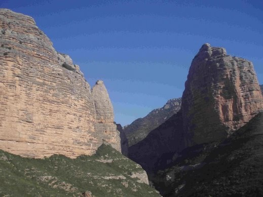 Salto del Roldan - Huesca : An increidble environment at Sierra de Guara