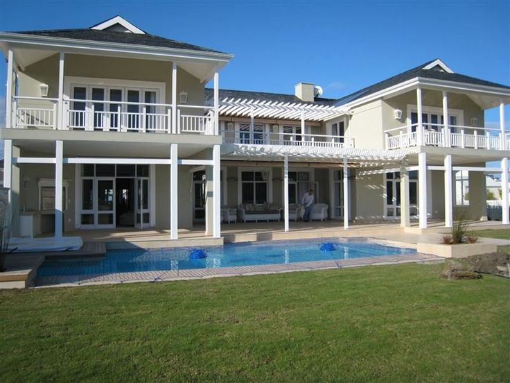P108 Plantation Manor - Come and relax at our 5 star self catering guest lodge in Knysna where we have 4 en-suite bedrooms sleeping 8 people maximum in the colonial tranquility of Thesen Island. All rooms have paddle fans for ... #weekendgetaways #knysna #gardenroute #southafrica