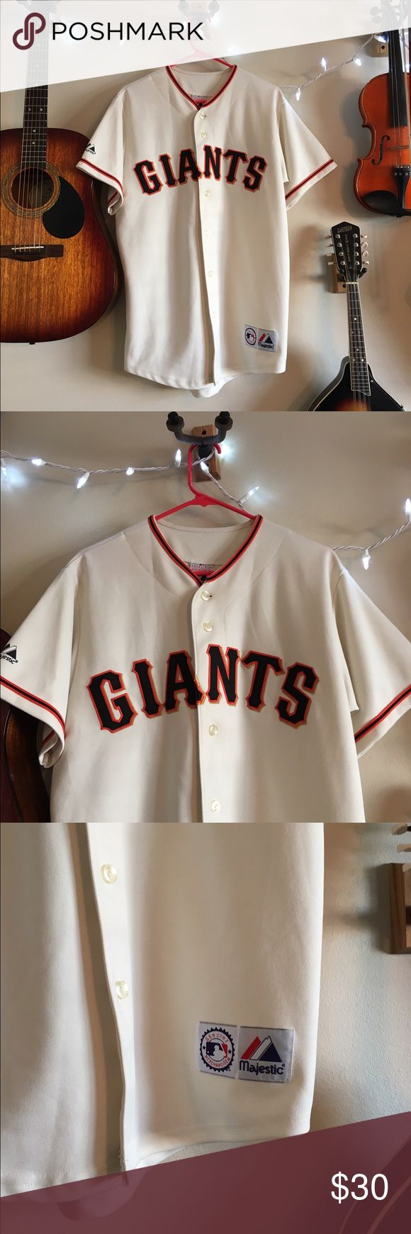 SF Giants Button Up Jersey Men's size medium- I wore this as an oversized top/dress with leggings. Official MLB merchandise. Shirts