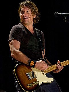 Keith Urban --- SO AWESOME IN CONCERT LAST NIGHT IN TIGER STADIUM!!!!!