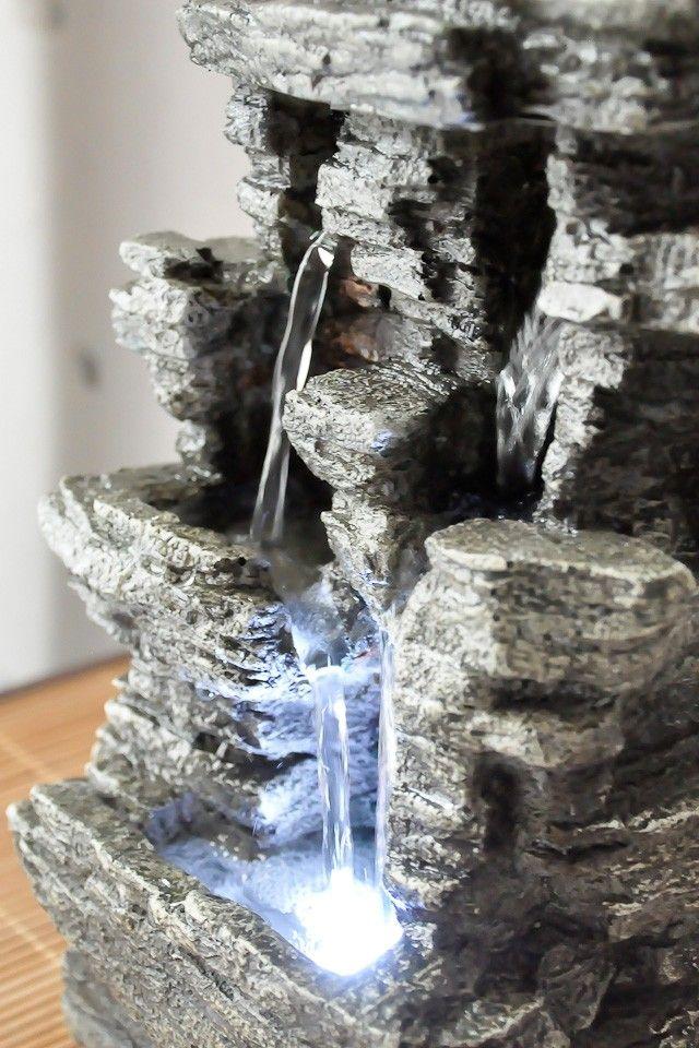 Les 25 meilleures id es de la cat gorie chute d 39 eau for Fontaine a eau decoration interieure
