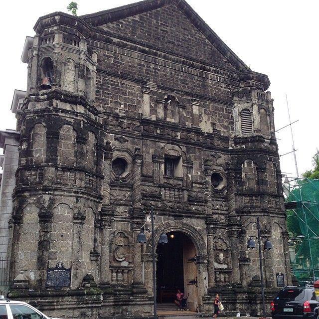 重厚感ある建物。マラテ教会。マニラ 観光・旅行おすすめのスポット!