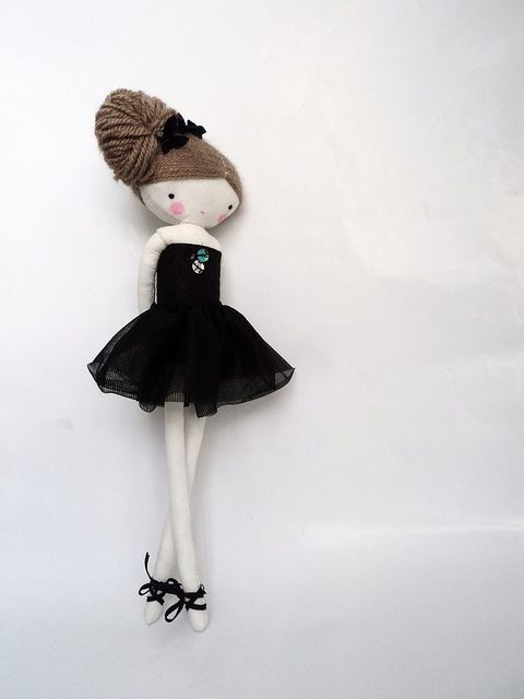 Ballerina by las sandalias de ana, via Flickr