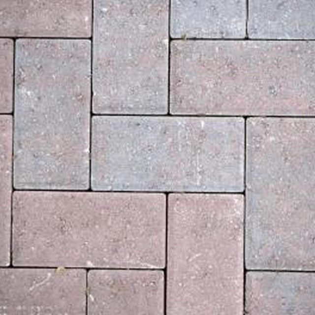 Laying Pavers Over Dirt: How To Lay Down Bricks On Dirt