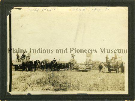 Geddes harvest crew 1914-1915