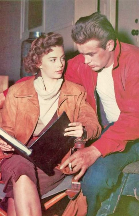 Natalie Wood and James Dean in 'Rebel Without a Cause', 1955.