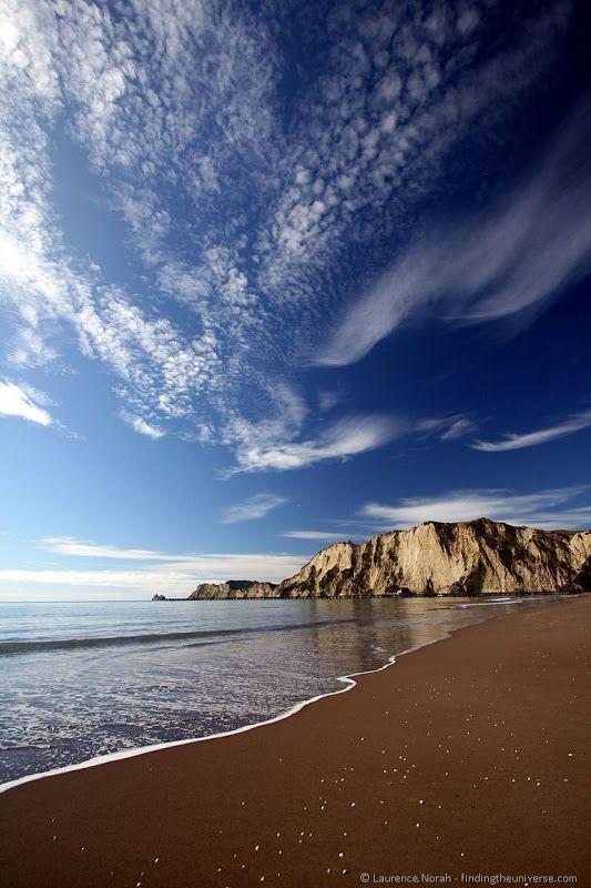 Tolaga Bay Beach - New Zealand's East Cape - Deserted wilderness and spectacular coastal scenery!