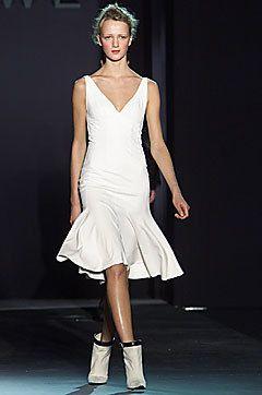 Loewe Fall 2001 Ready-to-Wear Fashion Show - Narciso Rodriguez, Liudmilla Bakhmat