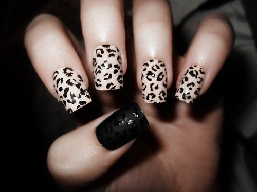 Cheetah/leopard print nails with black on black thumb nail design. - 24 Best Cute Animal Nails Images On Pinterest Make Up, Pretty