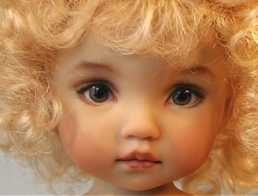 boneka doll........I have no idea about this doll but that darling face gets me!