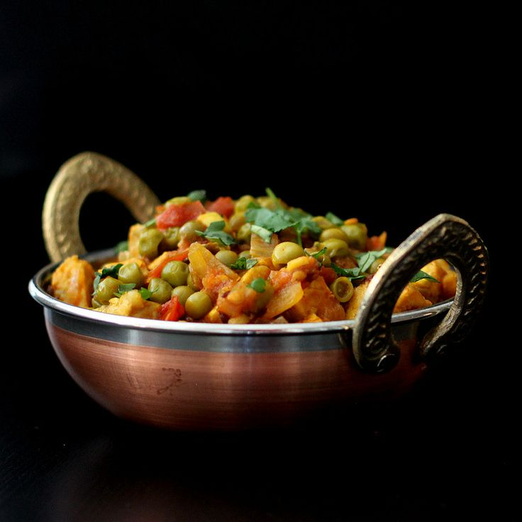 Vegan Richa: Mutter Paneer - Spiced peas and Tempeh curry -gluten-free recipe, and Vegan Indian Cooking Book giveaway.
