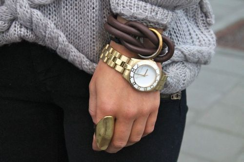 nice combi: Arm Candy, Marc Jacobs, Chunky Jewelry, Marcjacobs, Leather Cuffs, Gold Rings, Gold Watches, Accessories, Leather Bracelets