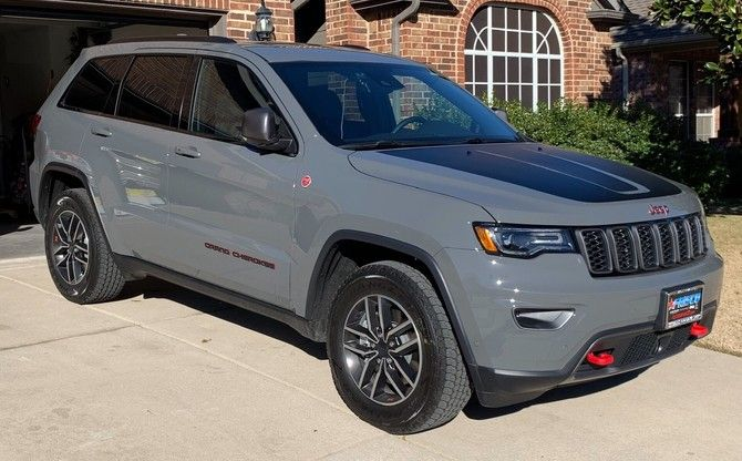 Wk2 Trailhawk S 2019 Jeep Grand Cherokee Trailhawk With 265 60r18 Goodyear Wrangler All Terrain Grand Cherokee Trailhawk Jeep Grand Cherokee Cherokee Trailhawk