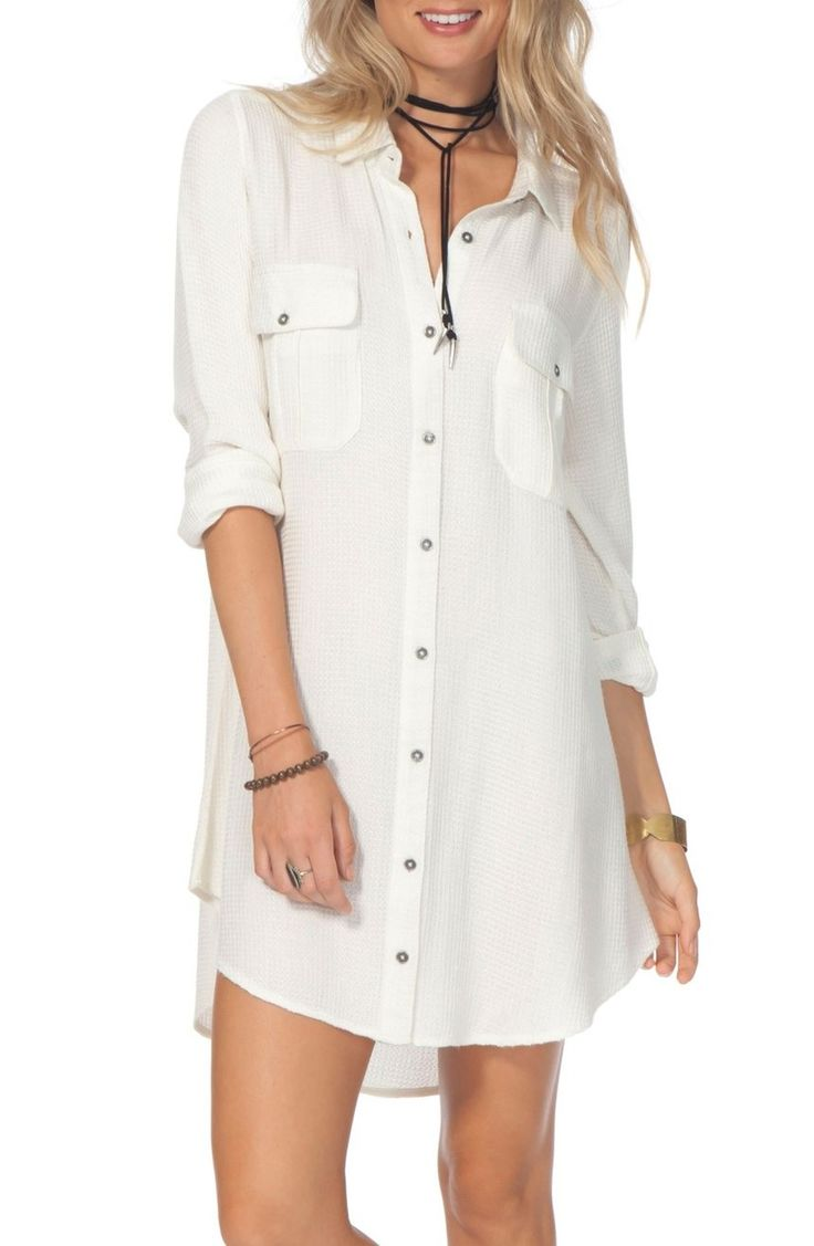 The classic shirtdress feels effortlessly breezy in a lightweight waffle-woven fabric and relaxed silhouette. Roll up the sleeves to perfect the casual vibe.
