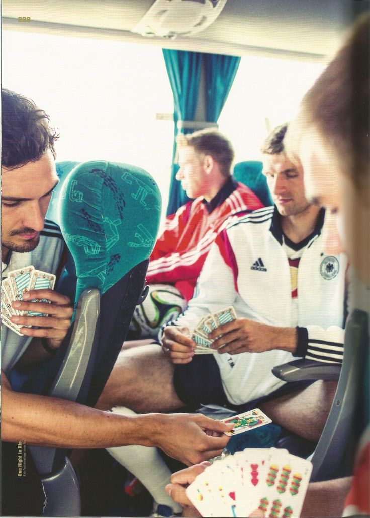 The boys playing cards on the Mannschaft bus, why is Durm all left out