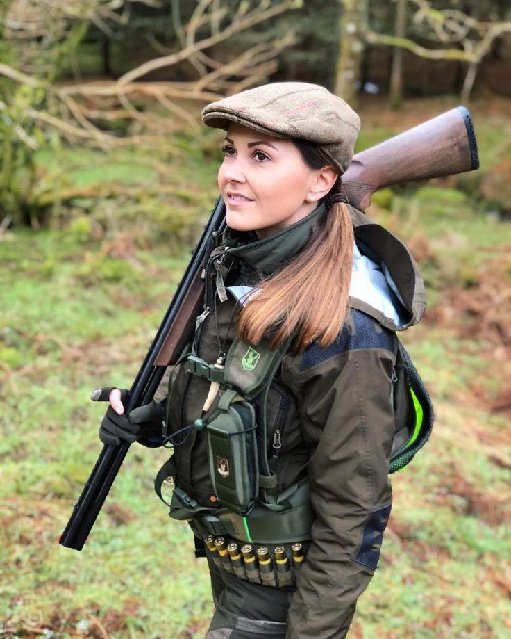 "2,228 Likes, 18 Comments - Giulia Taboga (@giuliataboga) on Instagram: ""I love Scotland 🏴 #hunting #woodcock #woodcockhunting #hunt #jakt #jagd #chasse #caza #caccia…"""