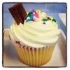 Bouqcake Cupcakes   Flavoured cupcakes    Victoria sponge cupcake flake   #cake #yummy #cupcake # bouqcake